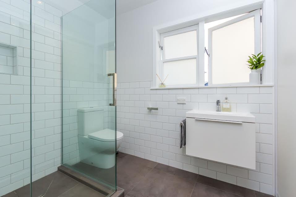 Narrow Neck Unit Renovation